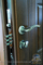 дверная фурнитура кале в дверях монолит