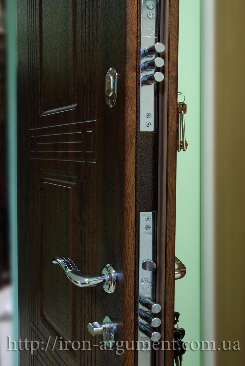 входные двери в квартиру с высокой защитой
